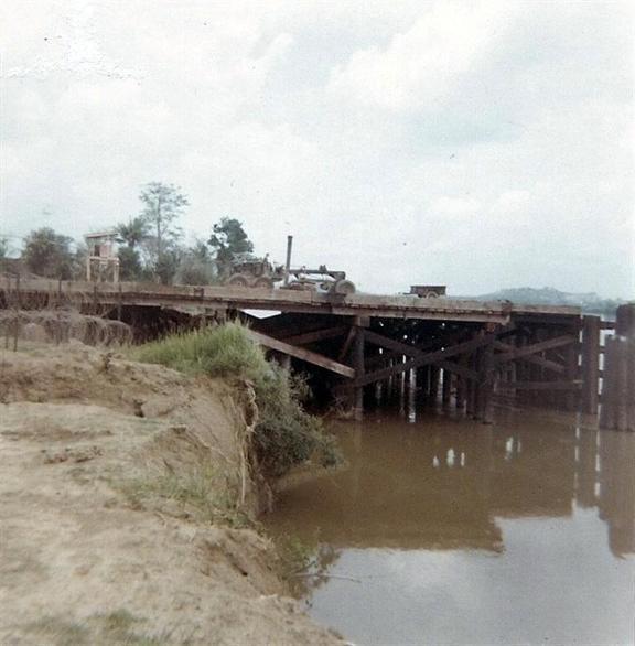 More Work On Bien Hoa Barge Site