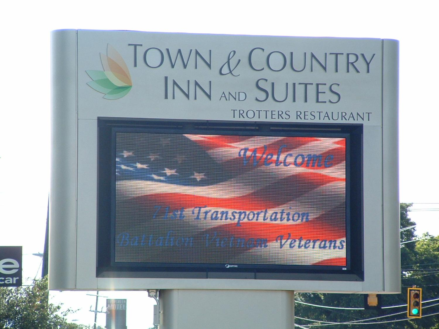 Town & Country Inn & Suites - Photo courtesy of Randy & Jan Richmond.
